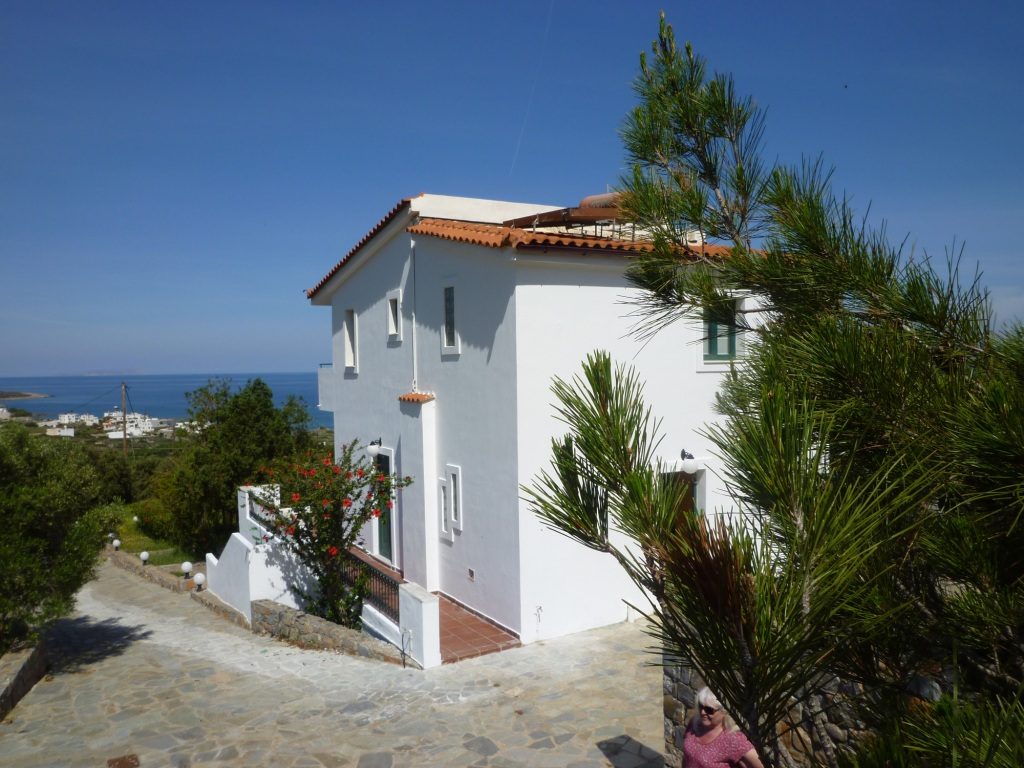 Detached villa in Sisi