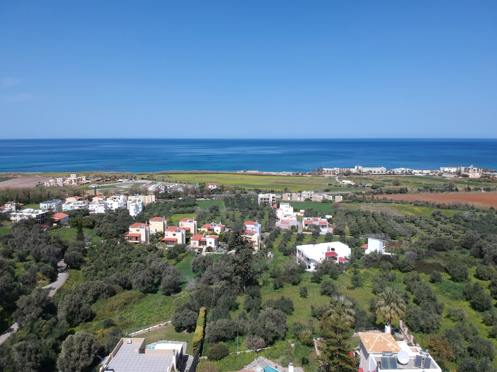 Private villa with 4 bedrooms on a seaview plot.