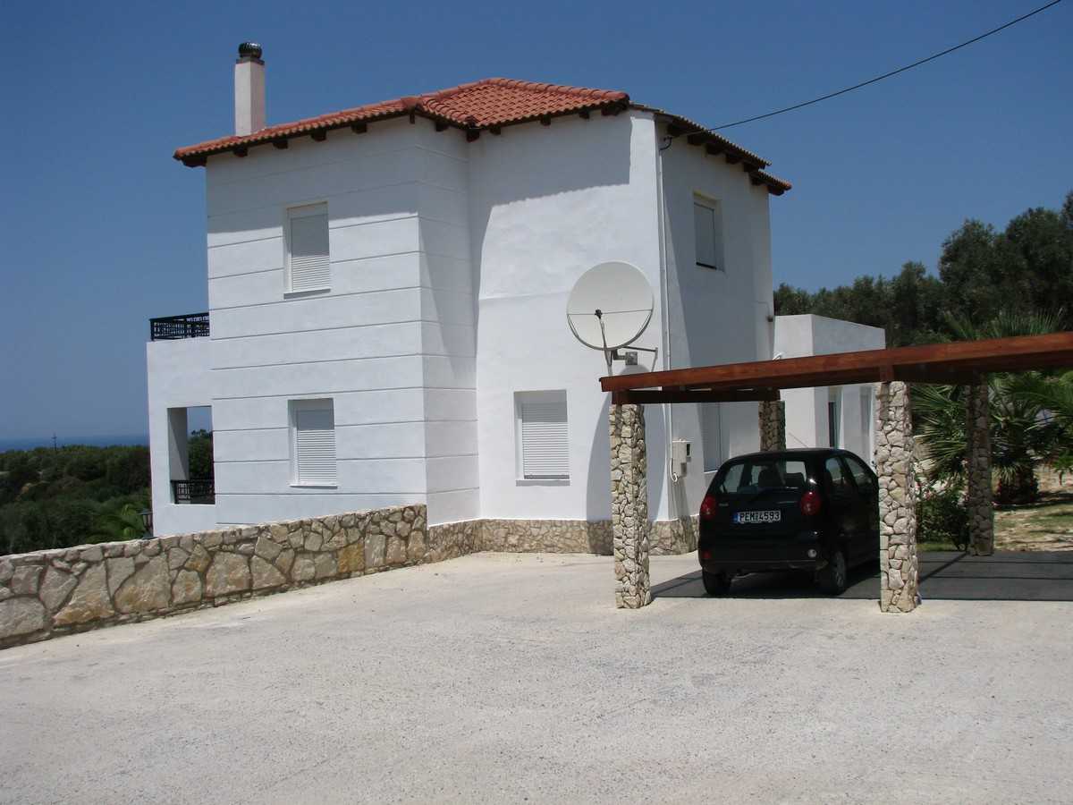 Detached villa of 300 m²
