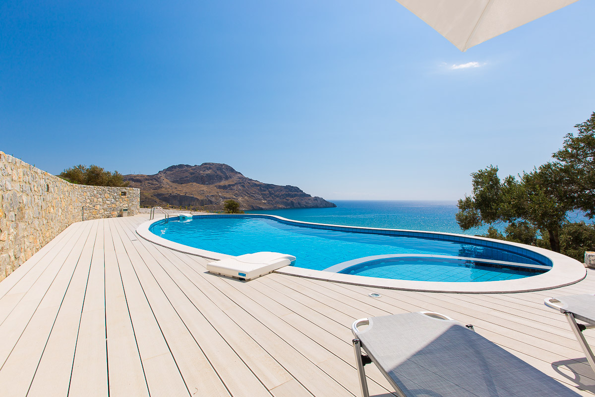Seafront villa  in Plakias village_SOLD_